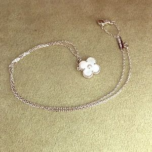 New Vintage Alhambra MOP Pendant Necklace
